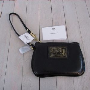 COACH Liquid Gold Wristlet Patent Leather NEW